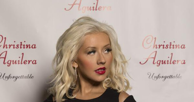 The Sizzling Mess: XTINA IS STILL OUR CURRENT IMPROVER FAVE!