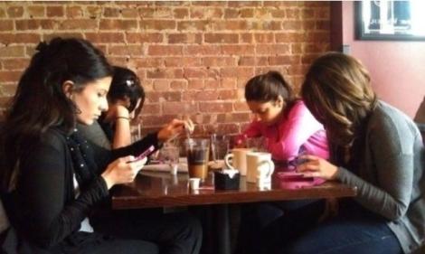 kebiasaan yang hilang karena media sosial