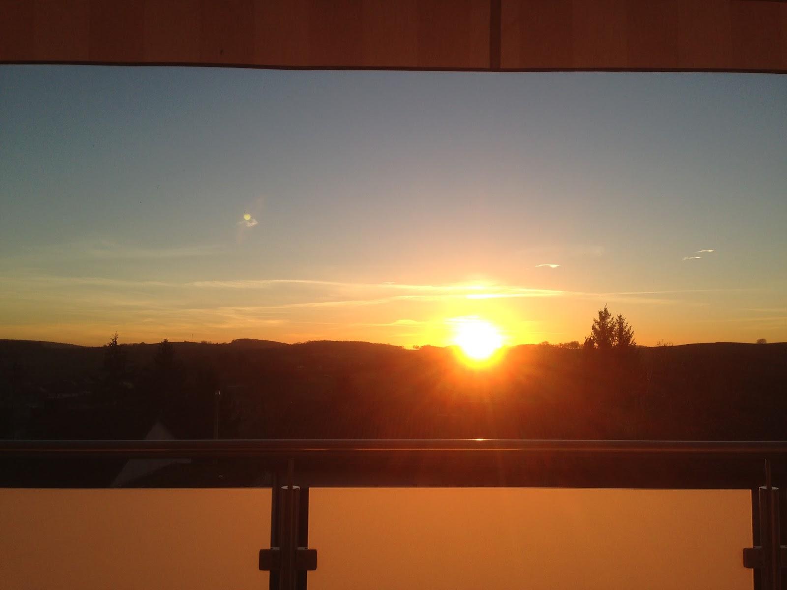 Sonnenuntergang in Hoffenheim von unserem Balkon aus gesehen...