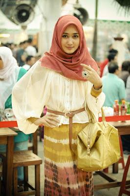 Baju Muslim Casual Dian Pelangi1