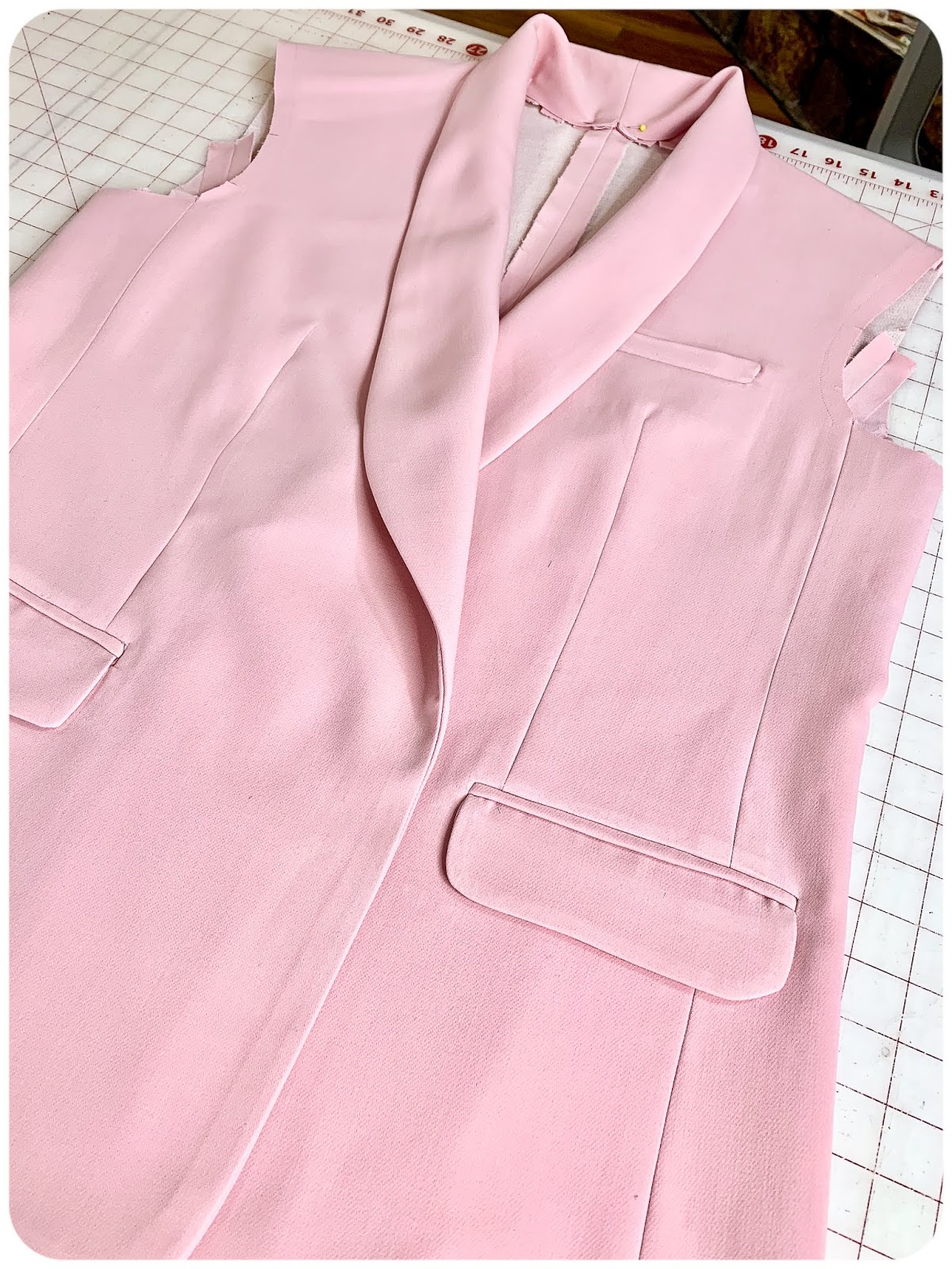 Pink Blazer: McCall's 2370 - Erica Bunker DIY Style!