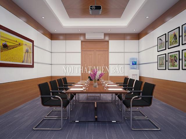 Thiết kế phòng họp với bàn họp mặt gỗ chân sắt tạo cảm giác thanh lịch cho căn phòng, mang đến sự thông thoáng và thoải mái cho người sử dụng