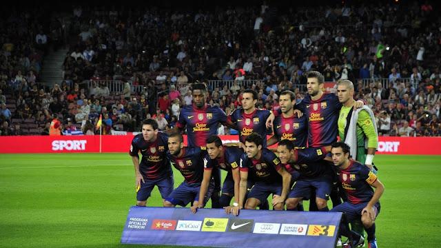 صورة نادي برشلونة في الملعب