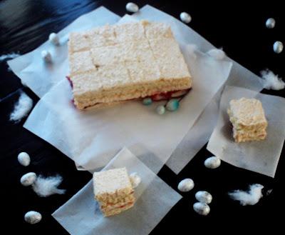 ciasto-na-komunnie-labedzi-puch