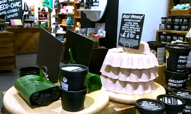 Throwback Tuesday, my first visit at Lush Naples store, skincare section