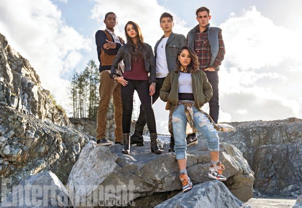 DE TIRAR O FÔLEGO: primeira imagem oficial dos novos uniformes do Power Rangers é revelada!