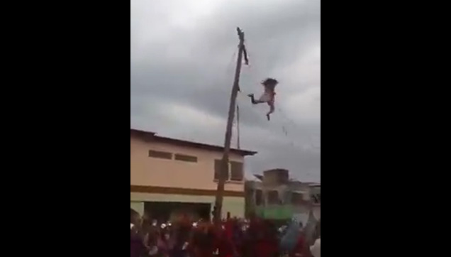 The fall of the Senakulo Actor from the cross.