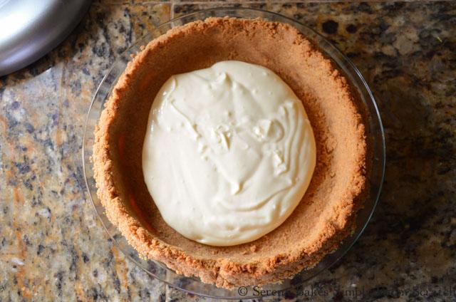 Banana-Pudding-Cheesecake-Pudding-Crust.jpg