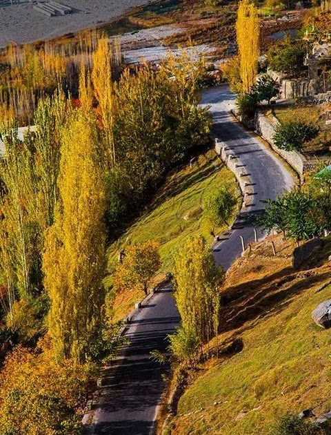 Enjoy the colors of autumn in Hunza valley