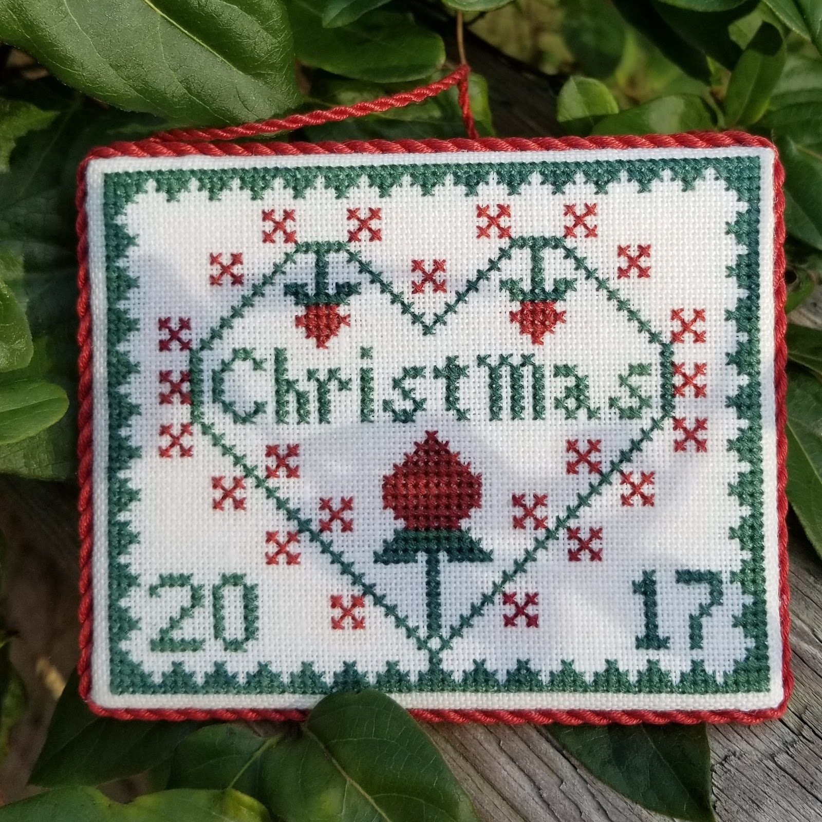 Garden of Stitches: Beautiful Christmas gifts from my friends :-)