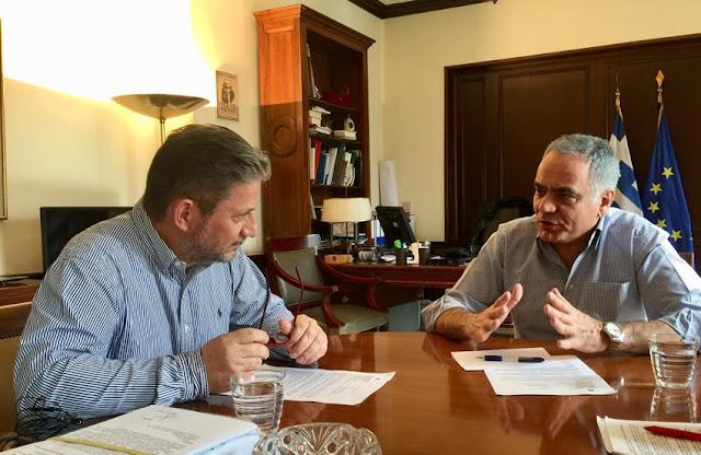 Συνάντηση του Σκουρλέτη με τoν Δήμαρχο Γόρτυνας για το «Πρόγραμμα Εξυγίανσης» στο οποίο έχει ενταχθεί ο Δήμος