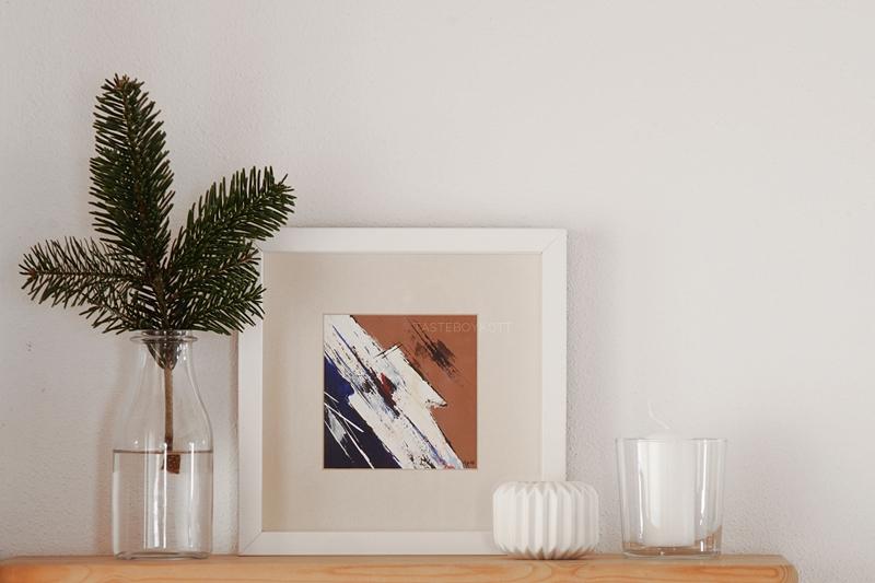 Weihnachtsdeko klassisch traditionell modern, Tannenzweig, Teelichter weiß