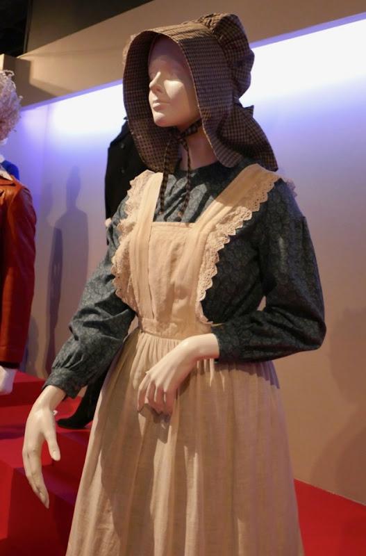 Ballad of Buster Scruggs Alice costume