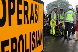 Sudah Ribuan Kendaraan Bermotor Ditilang dalam Lima Hari Operasi Patuh Jaya - commando