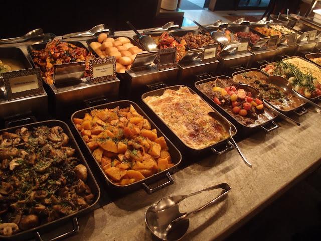 sunday brunch - buffet spread