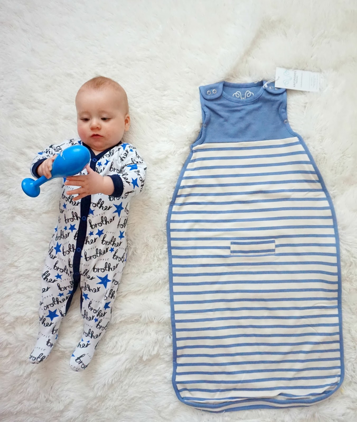 The Sleeping Bag Also Has A Seat Belt Slot Which Is Perfect For Transferring Baby From Crib To Car Or Pram