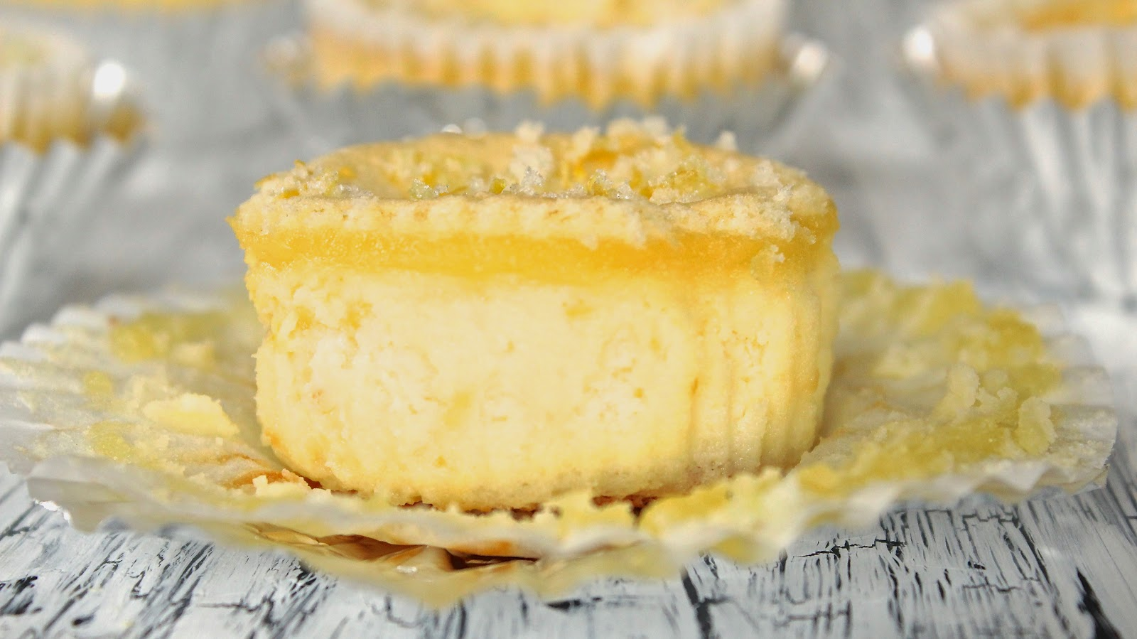 Lemon Delight Mini Cheesecake