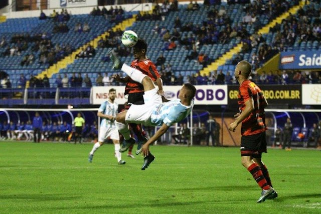 Empate justo pelo futebol apresentado