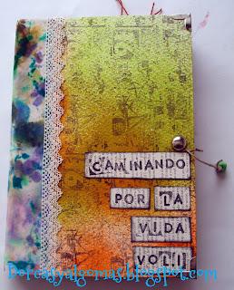 http://dorcasyalgomas.blogspot.com.es/2015/08/art-journal-caminando-por-la-vida-vol-i.html