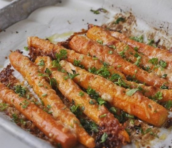 Parmesan Roasted Carrots #Veggies #Vegetarian
