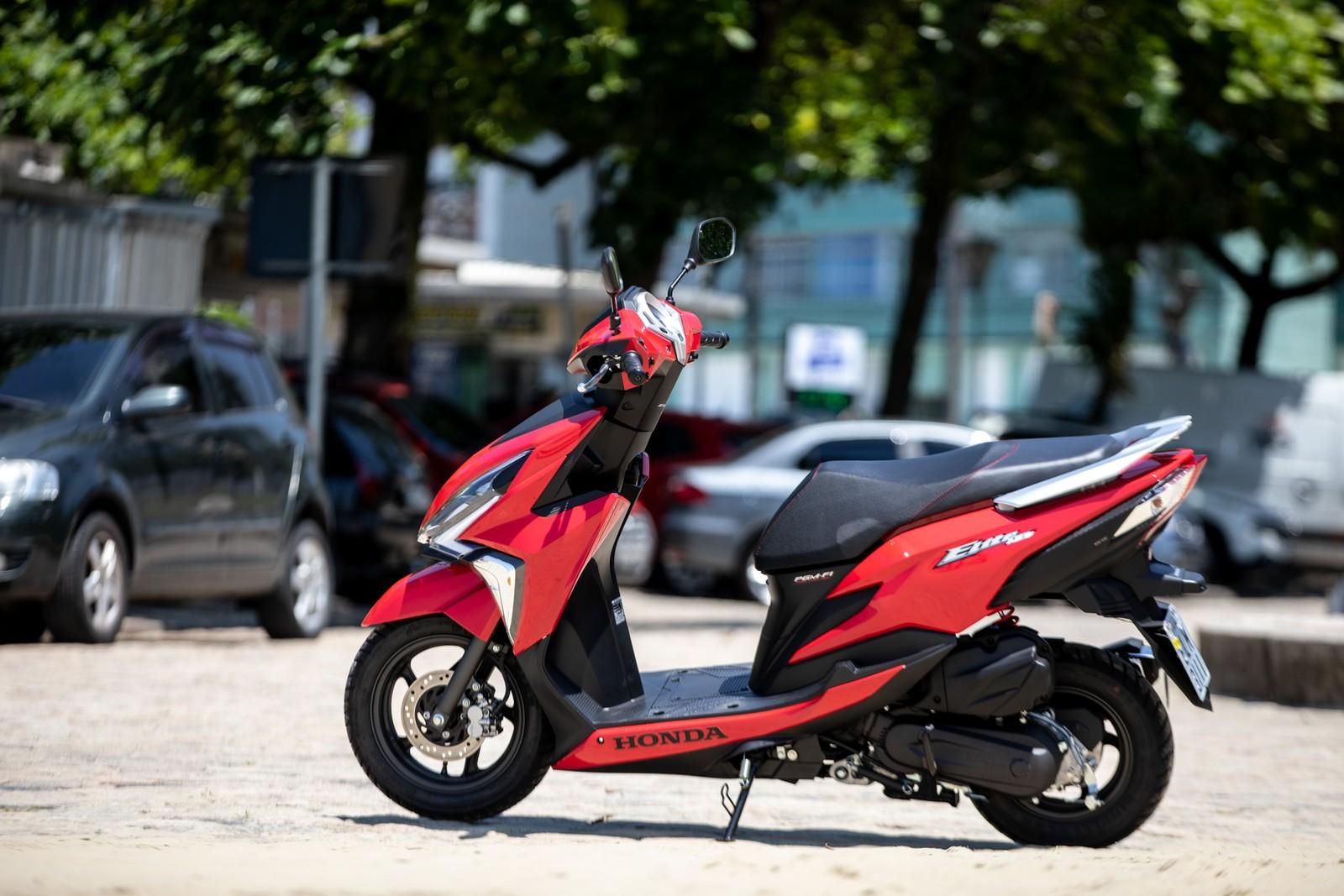 d9fa4501456 Fonte e matéria completa em   https   g1.globo.com carros noticia 2019 02 04 honda-elite-125-veja-fotos-do- novo-scooter-de-entrada-da-marca.ghtml
