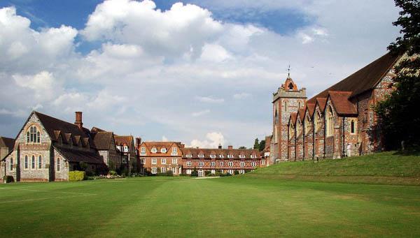 Il college di Bradfield
