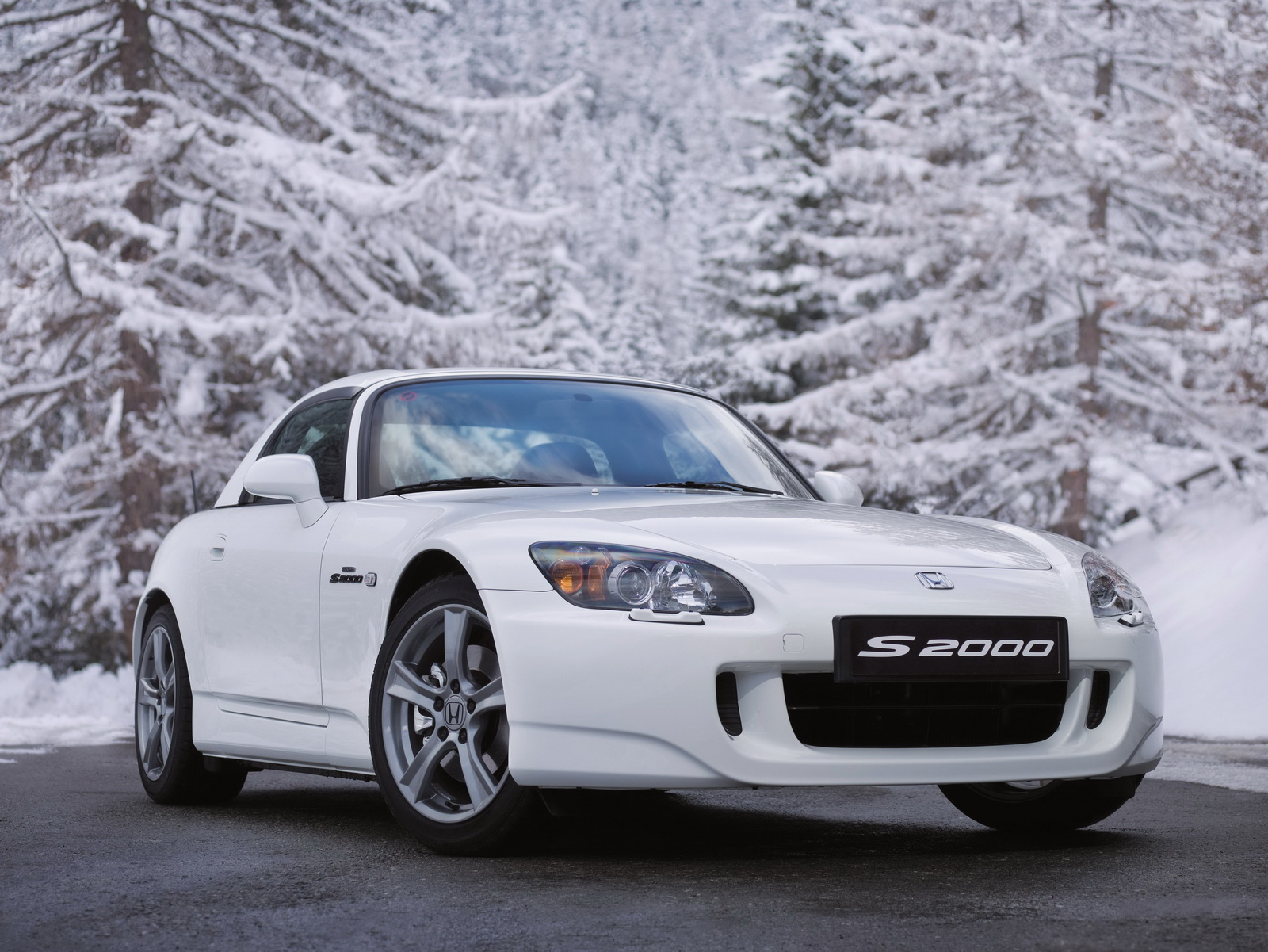Revived Honda S2000 May Get 320 HP TwinCharged InlineFour