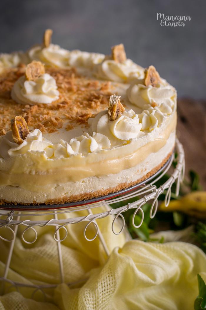 Tarta de queso, plátano y crema. Receta sin horno.