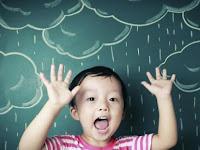 Cara menjaga kesehatan saluran pernafasan anak di musim hujan