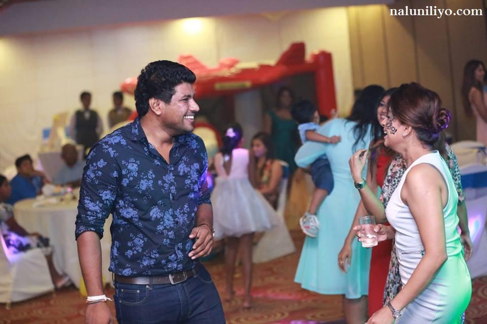 sri lankan hot actress party dance Nadeesha Hemamali new