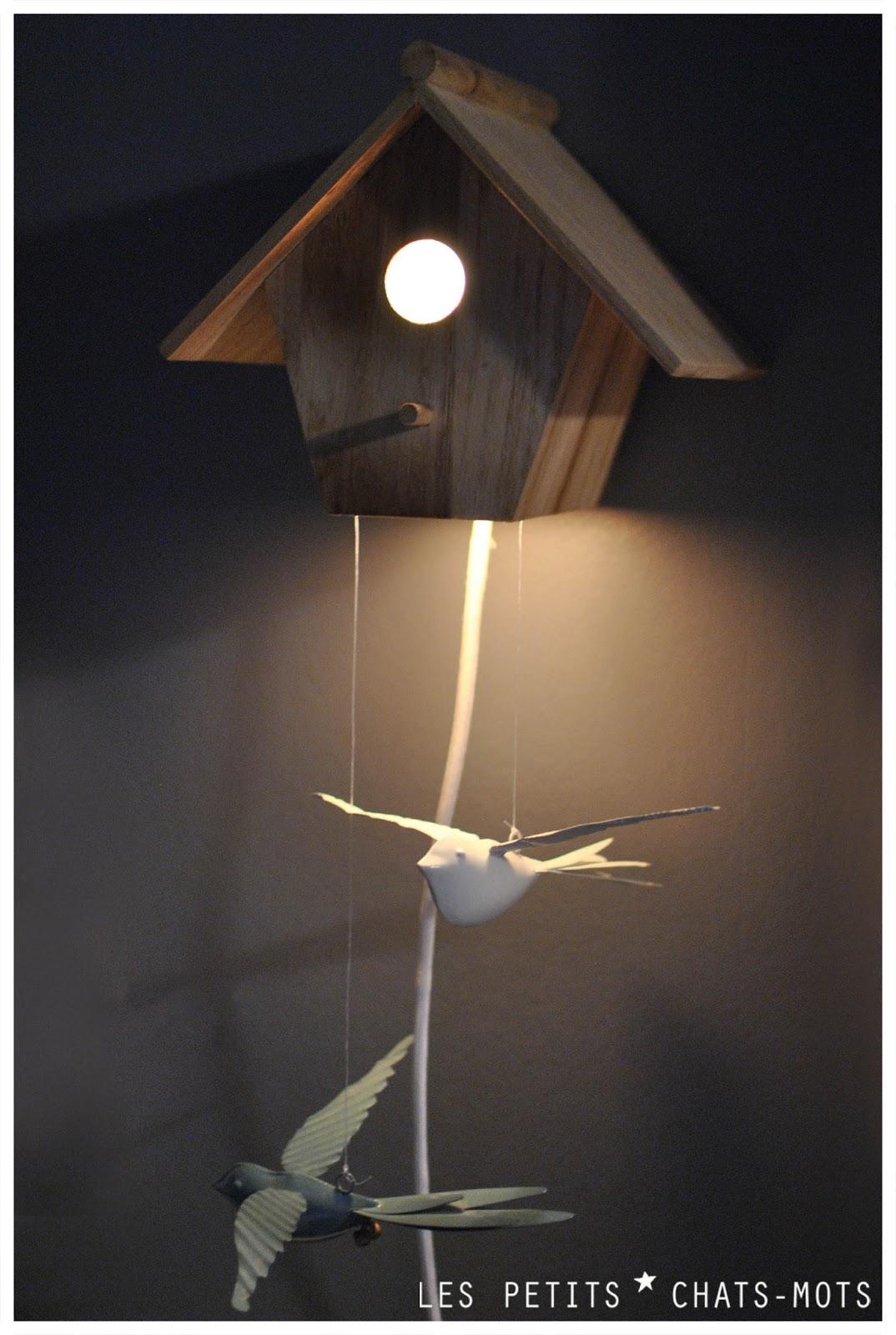niche a oiseaux pour des r ves plus que beaux les petits chats mots. Black Bedroom Furniture Sets. Home Design Ideas