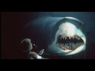 فيلم رعب المخيف المنتظر - أوزارك أسماك القرش