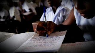 Problème d'école ou école problème - Christian GOMBO