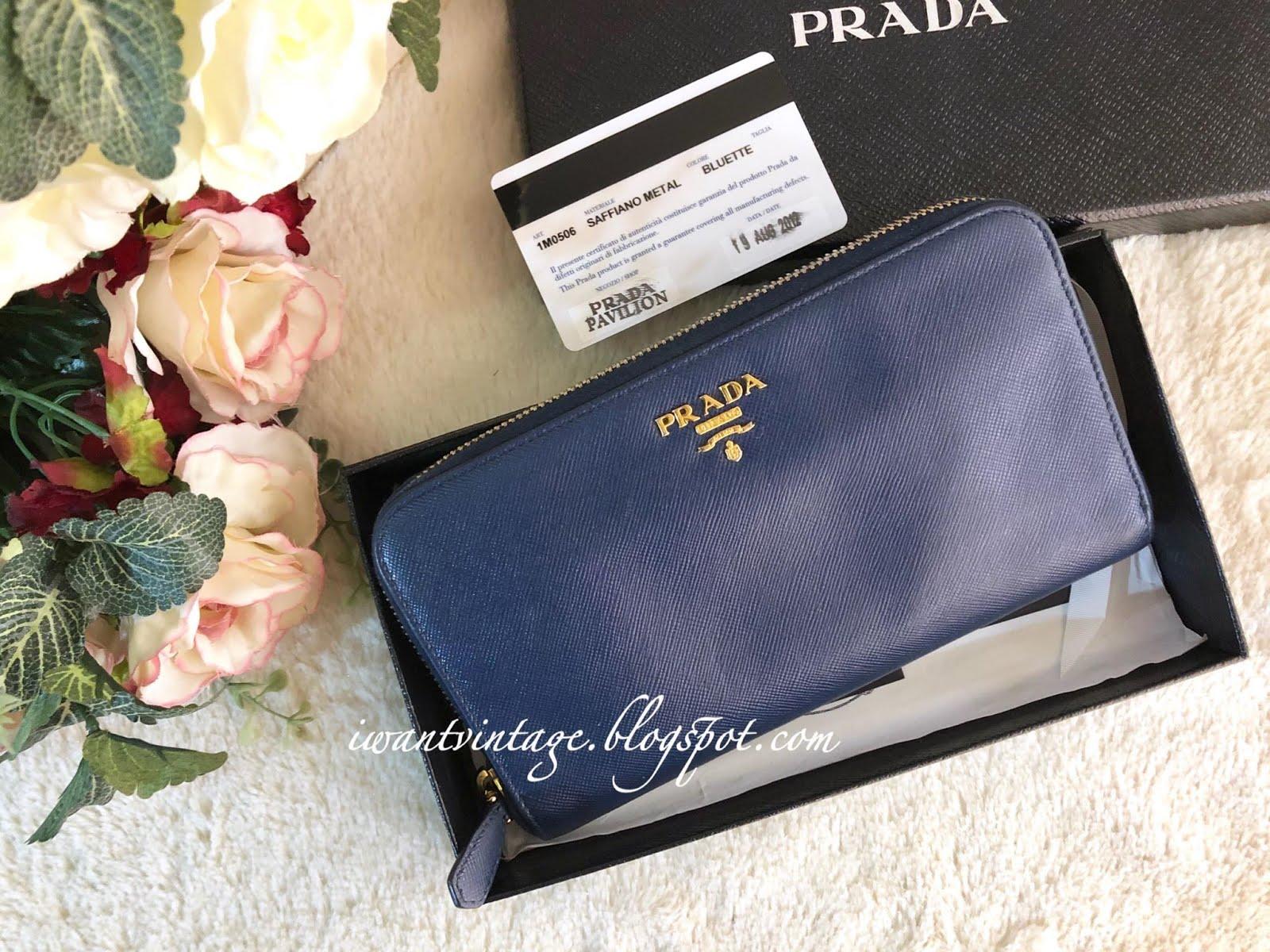 8935f71129ff I Want Vintage   Vintage Designer Handbags: Prada 1M0506 Saffiano ...