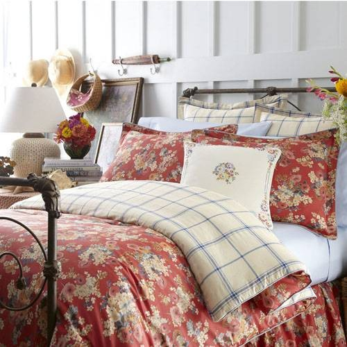 Eye For Design: How To Decorate Country Bedrooms With Charm
