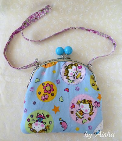 bolso con tela de princesas hecho a mano