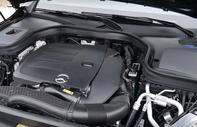 Mercedes-Benz-GLC300-4matic-engine