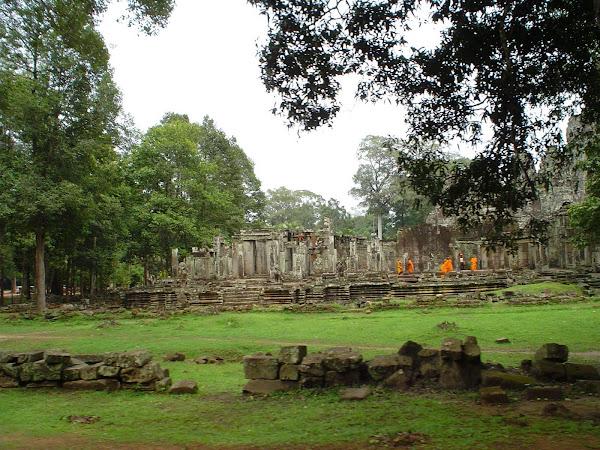 Monjes en Ankgor Wat
