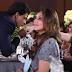 Shahrukh Khan Berani Cium Peluk Perempuan Lain Depan Isteri