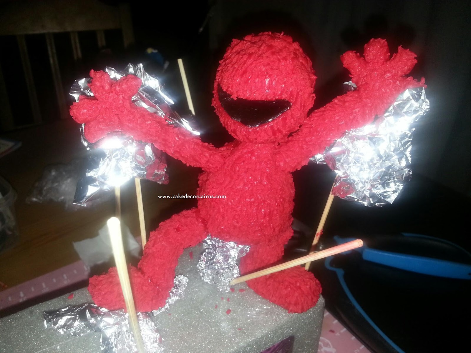 Elmo Fondant Topper Tutorial How to Make Cake Topper Coloured ganache