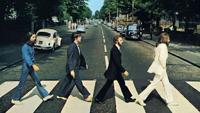 http://yonomeaburro.blogspot.com.es/search?q=beatles