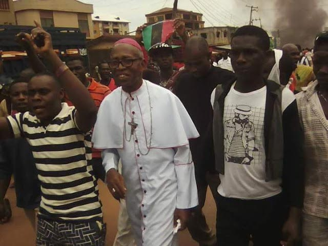 Archbishop of Owerri joins Biafran rally in Nkpor, Anambra State