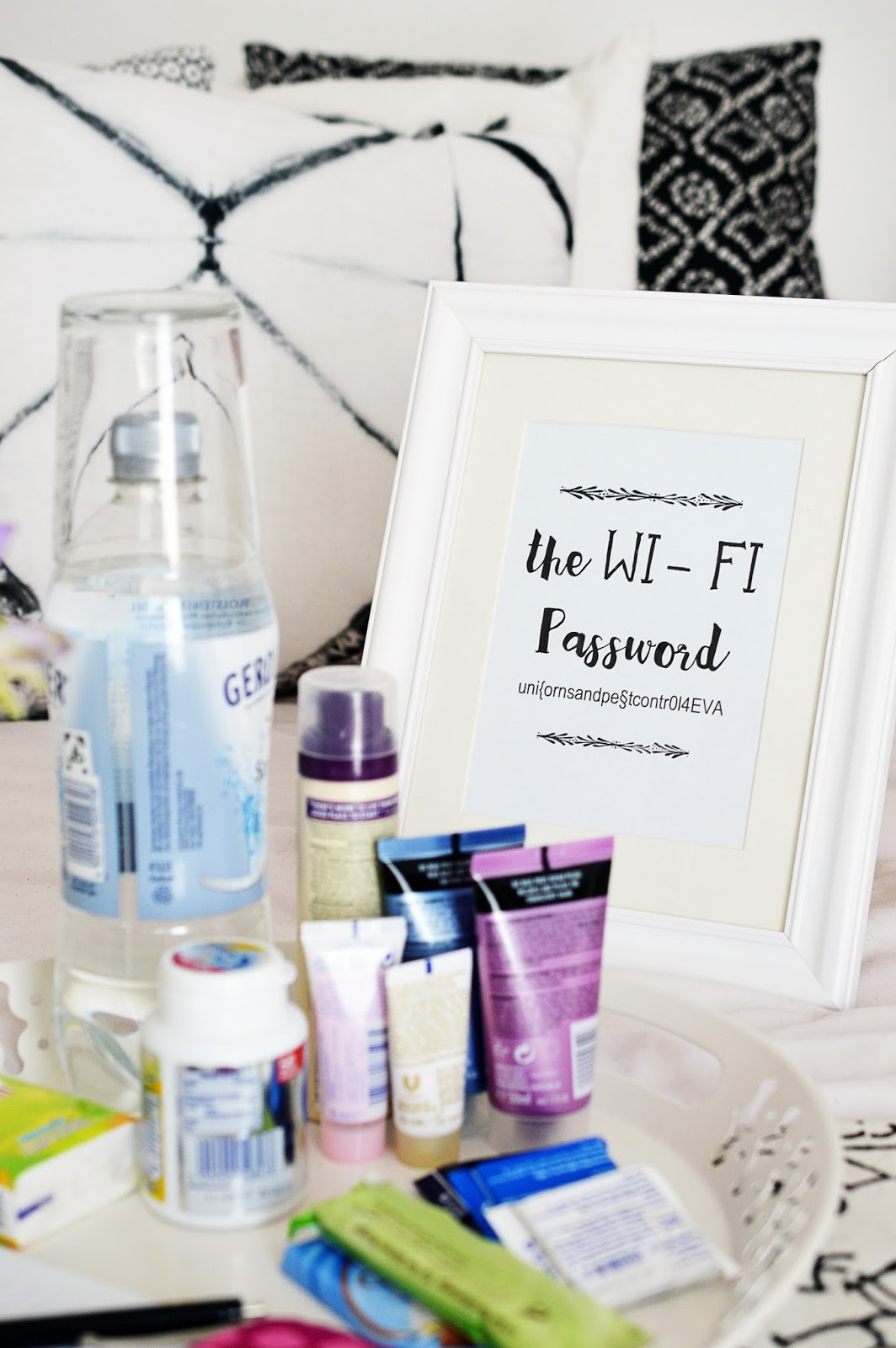 DIY Guest Tray with WiFi Password Display | Motte's Blog