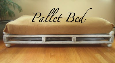 Marvelously Messy Luxury Pallet Dog Bed