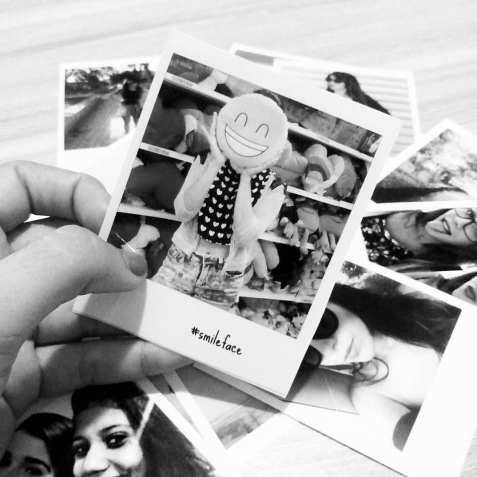 1269ff00a37ae Desmascarada  Como fazer  Fotos Polaroid para revelar