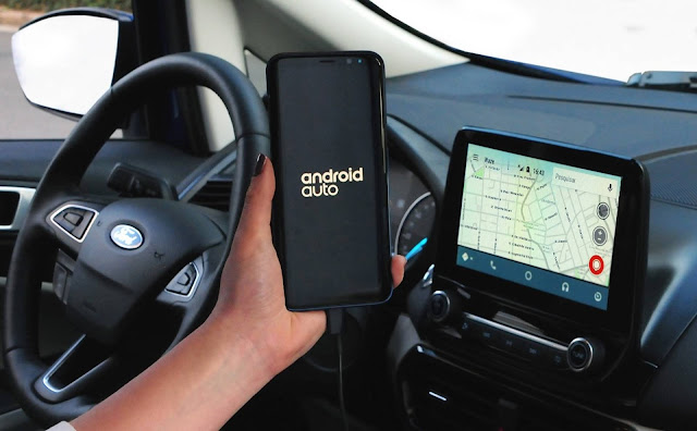 Ford EcoSport 2018 - sistema multimídia - WAZE