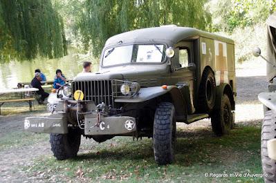 Véhicules militaires Dodge ambulance  WC 54, 1942.