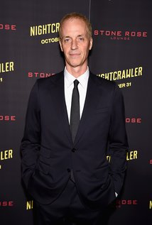 Dan Gilroy. Director of Two for the Money