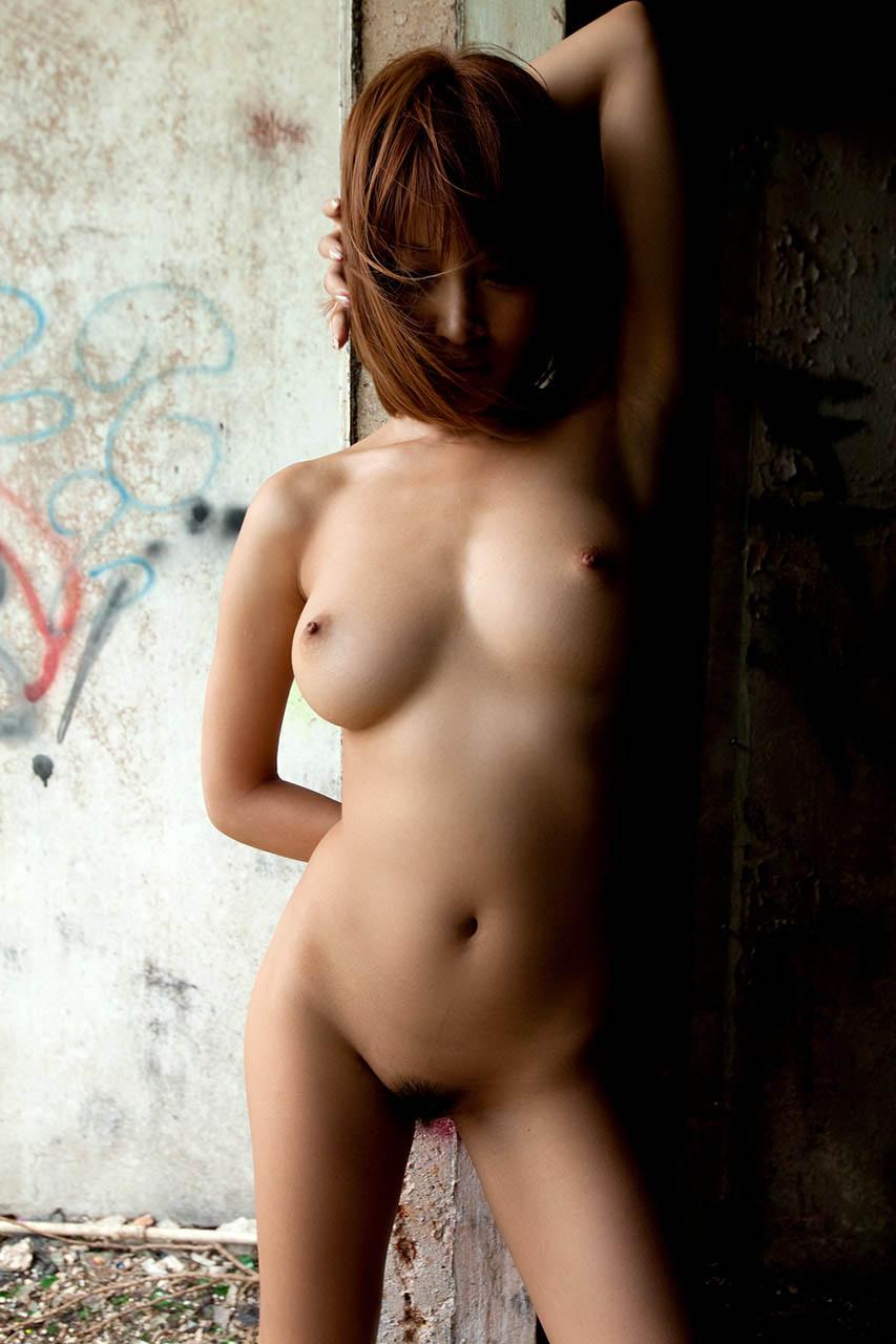 kirara asuka sexy topless pics 02