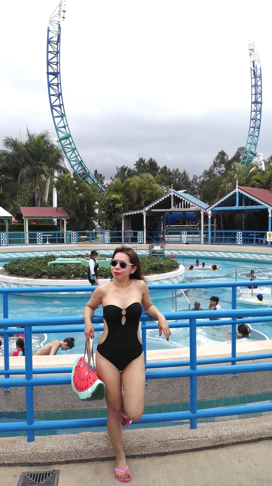 What to wear to Wet n Wild blog